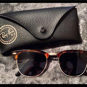 Ray-Ban Tortoise/Gold Sunglasses (Frames)